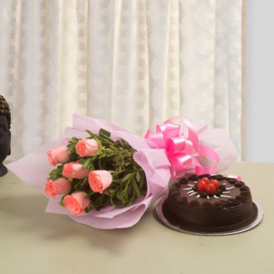 Chocolate Cake with 6 Pink Roses Bunch
