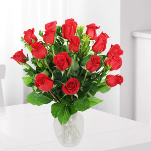 Red Roses Vase