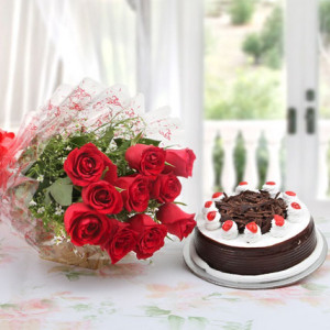 Red Roses with Blackforest Cake