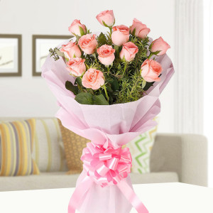 Elegance 12 Pink Roses Bouquet