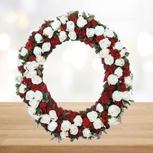 White n Red Roses Wreath
