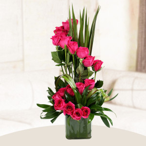 Beautiful Pink Roses Vase