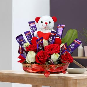 Special Rose N Teddy Arrangement