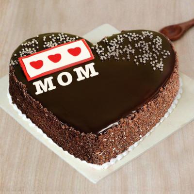 Love Mom Heart Shape Cake